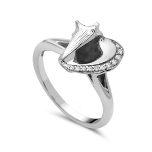 Conch Shell White Gold Ring with Diamonds