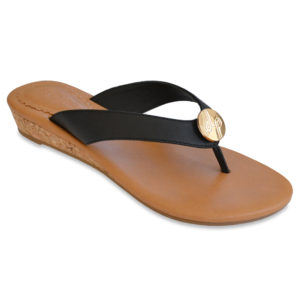 The Guinevere Black is a 1″ cushioned wedge sandal with an all leather upper and interchangeable snap.