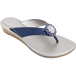 Gwen navy sandales with champagne sole and navy strap with snap in center