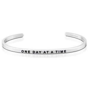 One Day At A Time bangle Bracelet Silver