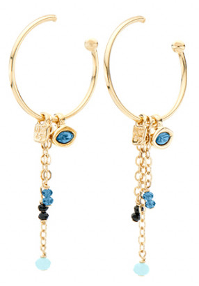 Original gold-plated hoop earrings with a charm in the shape of a feline eye with SWAROVSKI® ELEMENTS crystal, in black colour and golden coating and three chains decorated with precious black and blue stones. Of spiritual inspiration, the design is especially targeted to the most original personalities and is made in Spain by UNOde50, 100% handcrafted.