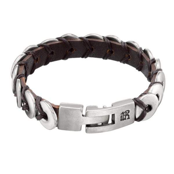 Woman bracelet with silver rings. Bracelet and clasp in silver-plated metal alloy.