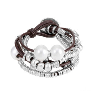 leather and silver bracelet with pearls and silver beads by uno de 50