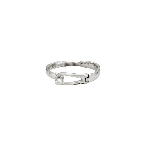 Man and woman bracelet featuring clasp with the UNO de 50 brand name engraved. In silver-plated metal alloy.