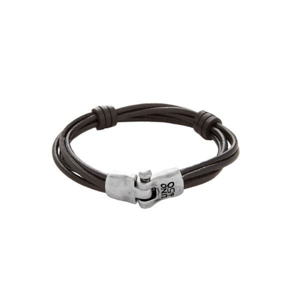 Man bracelet designed with several rounds of leather cord knotted in dark brown tone. Like the rest of the bracelet, its elegant silver plated hinged clasp has been handcrafted. A creation made 100 % in Spain by UNOde50.