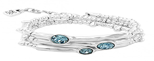 "Triple silver plated bracelet with ""Indian Safire"" blue color SWAROVSKI® crystals all in silver plated. A boho chic style jewel to a cool and sophisticated woman. A piece made in Spain by UNOde50 and 100% handmade."