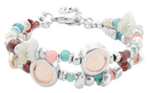 Beautiful silver-plated double bracelet with a balanced combination of natural stones and handcrafted crystals of multiple colours. Its two white, rounded and pearly stones stand out, which will make your most natural side shine. It is made in Spain, by UNOde50, 100% handmade.